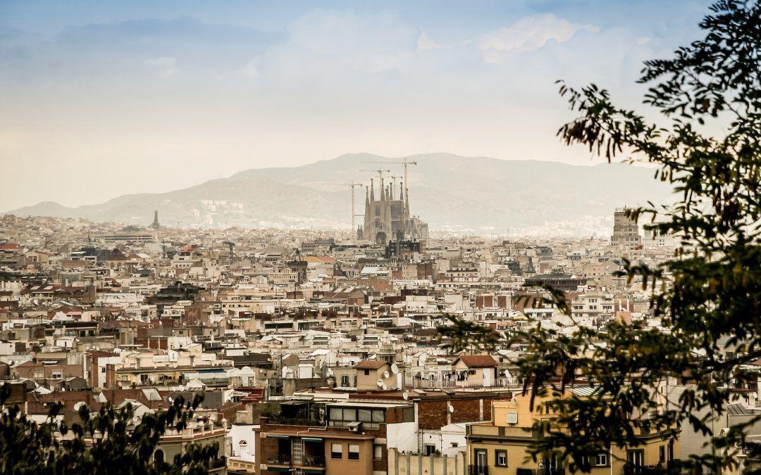 Descubre los barrios más de moda en Barcelona para invertir en inmuebles